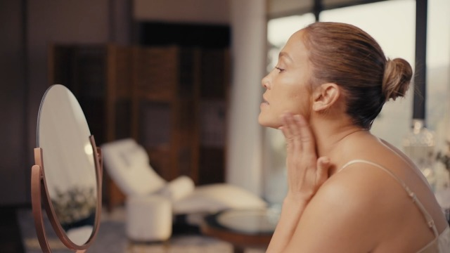 JLO BEAUTY That Blockbuster in a NonStop Wonder Cream