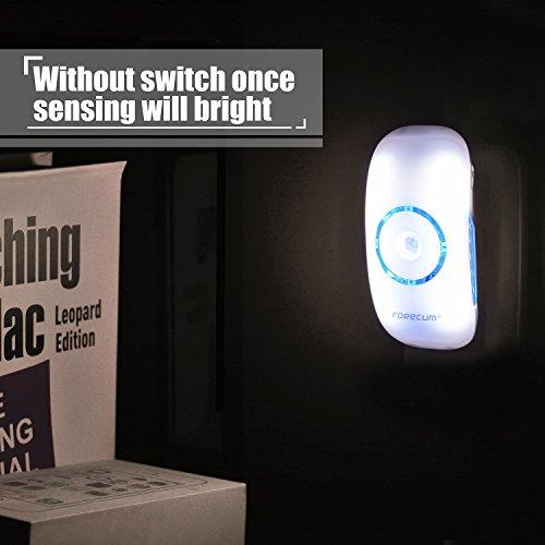 UVISTAR LED Nachtlicht mit Bewegungssensor Dämmerungssensor / Nachtleuchte für Steckdose / Nachtlicht Lampe mit 18-Leds / für Babys und Kinder Steckdosenlicht / Tragbar, zum Mitnehmen / Nachtlicht Induktion infrarot, kaltweiß