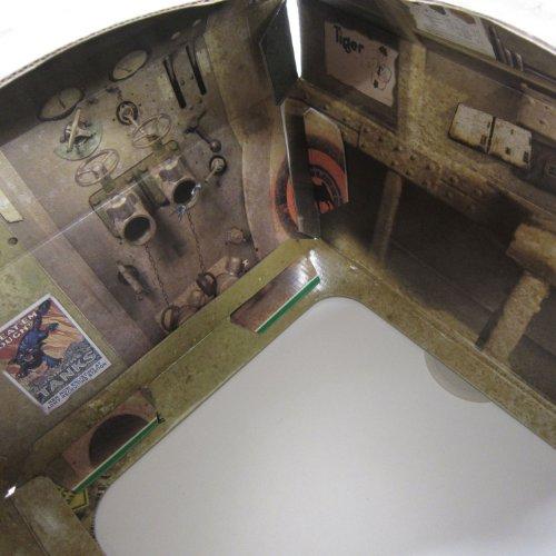 『サック・ユー・ケー (suck UK) サック・ユー・ケー キャットプレイハウス 戦車』の3枚目の画像