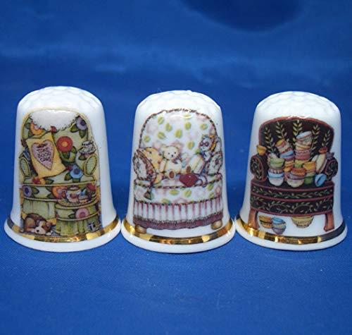Juego de tres dedales de porcelana china – Sillones antigu