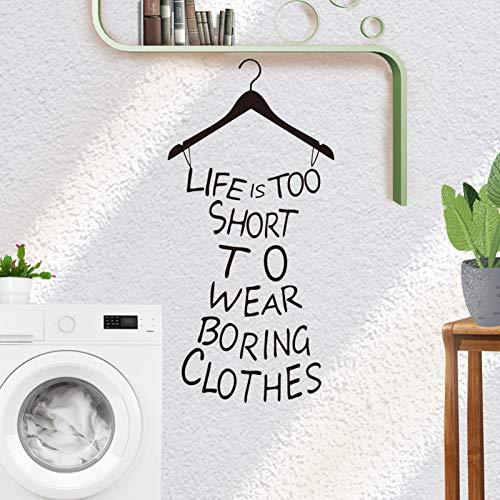 LIFE IS TOO SHORT TO WEAR BORING CLOTHES Wandtattoo Sprush, MERYSAN Abnehmbare DIY Wand Sprichwort Dekoration Aufkleber Zitiert Kunst Wandgemälde zum Umkleideraum Schlafzimmer Wohnzimmer