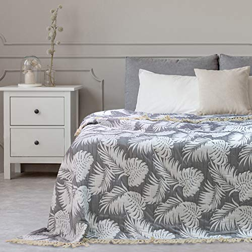 DecoKing 64351 240x260 cm Tagesdecke Jaquard mit Fransen Palmenblätter Monstera weiß grau zweiseitig pflegeleicht Tropical Leaves