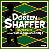 Shaffer,Doreen With the Moon Invaders: Groovin' With the Moon Invaders [Vinyl LP] (Vinyl)