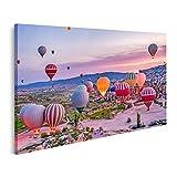 Bild Bilder auf Leinwand Bunte Heißluftballons starten im