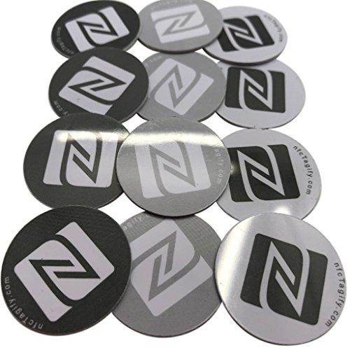 12 NFC-tags | NXP-chip NTAG213 | 144 Bytes geheugen | Hard PVC en sterke 3M lijm | 3 kleuren Elegant 'N' logo ontwerp | Hoge scansterkte
