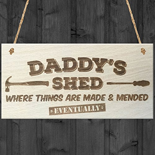 Red Ocean Daddys Shed Where Things Are Made & Mended Eventually Novelty Wooden Hanging Plaque