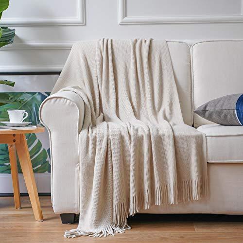 Battilo Dekorative Überwurfdecke, weich, warm und gemütlich, für Couch, Sofa, Bett, Strand, Reisen, 127 x 203 cm, beigefarben