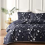 Joyreap 3 Pieces Floral Quilt Set, Smooth Soft Microfiber Quilt, Ivory Flower on Navy Bedspread, 1 Quilt and 2 Pillow Shams (Full/Queen, 92x90 inches)