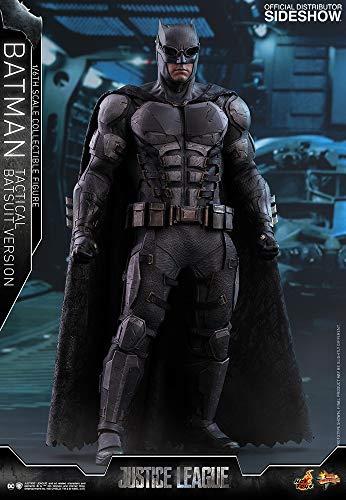 """Hot Toys DC Comics Justice League Batman (Tactical Batsuit Version) 1/6 Scale 12"""" Figure"""