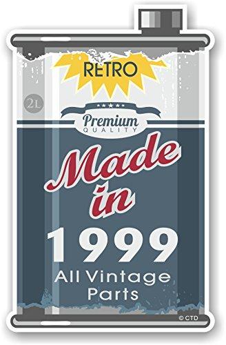 Retro Made In 1999 Alle Vintage Onderdelen Jaar Gedateerd Ontwerp Van Een Oude Tin Metalen Olie Kan Motief Novelty Vinyl Auto Motorfiets Sticker Decal 110x70mm