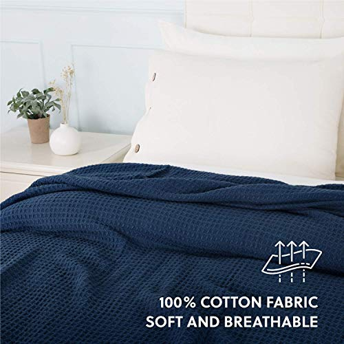 Bedsure 100% Cotton Blanket Waffle Weave Blanket Navy Blanket Queen - 405GSM Lightweight Blanket for Bed Couch, Soft Blanket for All Season, Cotton Thermal Blanket, 90 x 90 inches