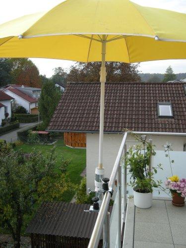 Pour parasols d'un 25,5 jusqu'à 42 mm de diamètre - 2 pièces-support de distance parasol pour balcon ou pour l'extérieur à l'intérieur 11 cm de distance de holly-parapluie pour fixation breveté rond ou carré éléments de 2 à 60/55 mm avec 5 positions réglables avec support rotatif à 360° avec fixation pour gUMMISCHUTZKAPPEN kratzfreien support pivotant à 360° avec distance prises pour bâtons de l'abat-jour : ø 25,5 jusqu'à 37 mm avec douille profonde d 11 cm 13 cm-distance long bec-innovation axe vis-fabriqué en allemagne-holly ® produits sTABIELO-holly-sunshade ®-chez sCHIRMEN sur 2,5 cm de diamètre - 2 supports de fixation ou 2–te d'utiliser, pour des raisons de sécurité (, kabelbinder)