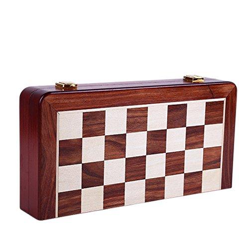 Agirlgle International Chess Set...