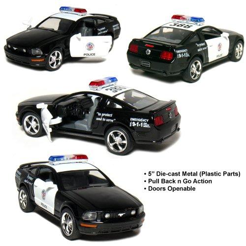 Kinsmart Ford Mustang GT Police 2006 Black & White 1-38 Toywonder, Multicolor