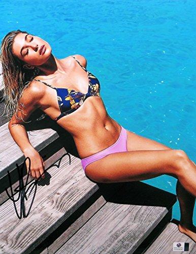 Hailey Baldwin Signed Autographed 11X14 Photo Gorgeous Bikini Sunbathing 838040