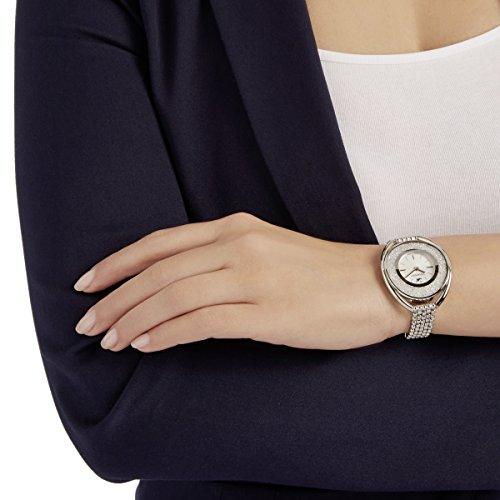 SWAROVSKI Women's Women's Crystalline Oval Stainless Steel Quartz Watch with Metal Strap, White (5181008)