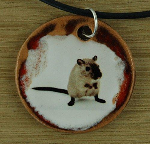 Echtes Kunsthandwerk: Schöner Keramik Anhänger mit einer Wüstenrennmaus, Gerbil, Maus, Nager, Nagetier, Haustier