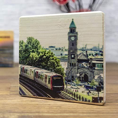 Hamburger Landungsbrücken - elbPLANKE®   10x10 cm   Holzbilder von Fotoart-Hamburg   100% Handmade aus Holz (Kiefer/Fichte)