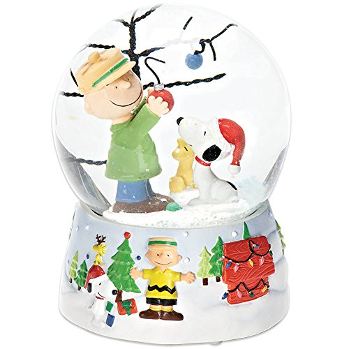 Roman Peanuts Charlie Brown and Snoopy O Christmas Tree Musical Water Globe by Roman
