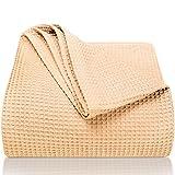 LAYNENBURG Premium Tagesdecke 220 x 240 cm XXL - Waffelpique 100prozent Baumwolle - leichte Sommerdecke - Baumwolldecke als Bett-Überwurf, Sofa-Überwurf, Couch-Überwurf - luftige Sofa-Decke (beige)