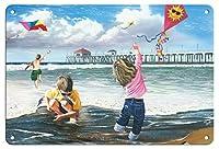 子供たちはビーチで凧を飛ばしていますメタリックティンサインポスタープリントバーレストランクラブ愛好家ギフト8x12インチ