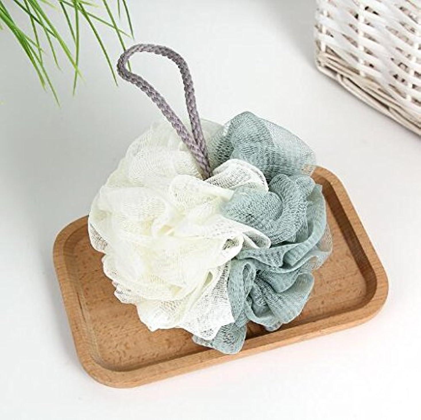 腐敗ぐったり郵便物Chinryou 泡立てネット ボディースポンジ 柔らかい 花形 お風呂用 ボールボディ用 シャボンボール 背中も洗える 泡肌美人 ふわわん (グリーン)