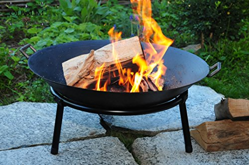 Oelbaum Grill Feuerschale aus Gusseisen mit 2 Griffen + Standring, LEICHT+STABIL, groß 60 cm, mit Reinigerbürste Feuerstelle Feuerkorb Terrassenofen Grill