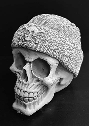 Totenkopf massive Figur der Seefahrer Handmade Deko Steinfigur Skull maritim Geschenke für Segeln Tauchen Boot Männer