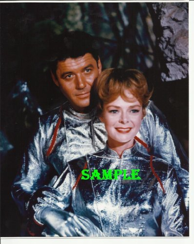 Lost In Space Guy Williams June Lockhart Photo 8x10 LIS1011