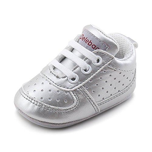 DELEBAO Babyschuhe Krabbelschuhe Turnschuhe Lauflernschuhe Weiche Sohle Baby Schuhe Lederschuhe Erste Kinderschuhe Kleinkind für Mädchen Jungen (Silber,12-18 Monate)