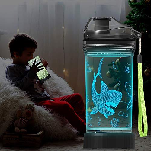 Lightzz Kids Wasserflasche mit 3D Glowing Shark LED Licht - 14 OZ Tritan BPA Free - Kreatives ideales Travel Cup Jaw Geschenk für Schulkind Junge Kind Urlaub Camping Picknick