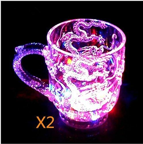 VPlus 2 Stück Drachen Muster Farbwechsel Licht Tasse LED Blinkende Farbwechsel Wasser Aktiviert Leuchten Drachen Bier Whiskey Cup Becher