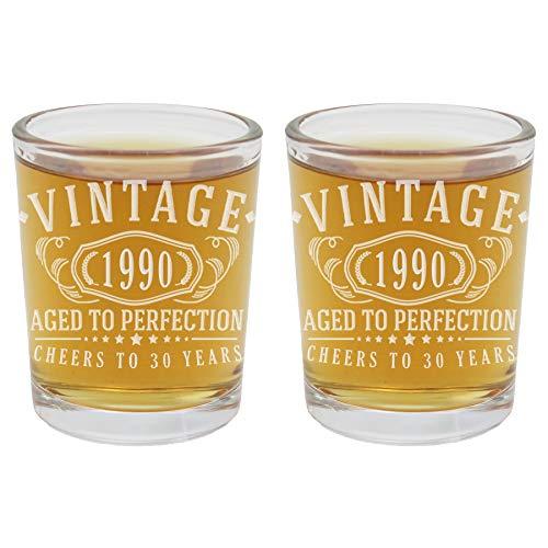 Vasos de chupito vintage de 1990 grabados de 2.5 onzas, 30 cumpleaños envejecido a la perfección, regalos de 30 años de edad, 2 unidades