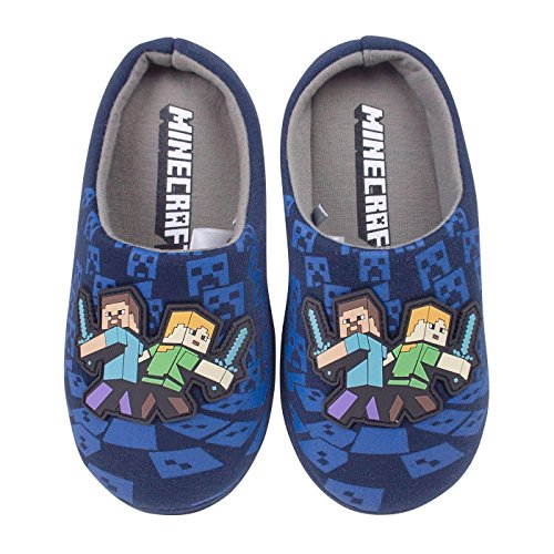 Minecraft Surrounded Boys Slippers (2 UK)