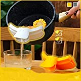【Duck-shaped Design】 This Duckbill Pots is in bright, eye-catchy yellow, made of food-grade silicone ducky beak slides onto the side of a saucepan, pot, or bowl so that you can drain foods right from thepot while reducing content spill, and guide liq...
