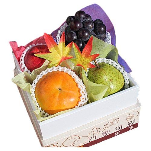 【 贈答用 】 フルーツギフト ミニ 化粧箱入り 季節によって変わる果物詰め合わせ!!