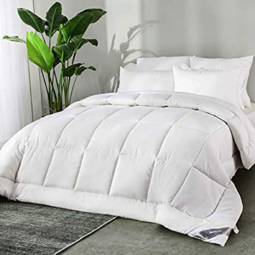 Bedsure 10.5 Tog Single Duvet- Machine Washable- All Season 300GSM Microfiber Quilt Duvet with Corner Tabs, 135x200cm