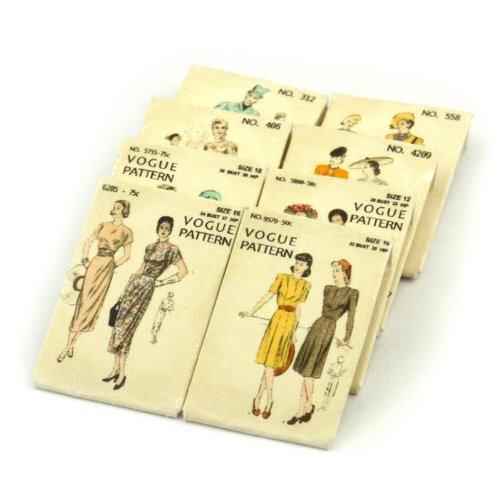 MyTinyWorld 8 Maison de Poupées Miniature Vogue Robe Motif Paquets (DPPS08)