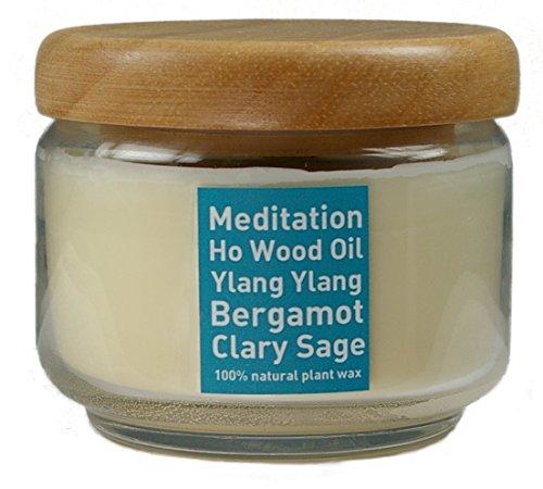 Natur Kerze MEDITATION aus Pflanzenwachs im Glas (350 ml) mit Holzdeckel, beduftet mit ätherischem Öl von HO-HOLZ, YLANG, BERGAMOTTE und SALBEI, ungebleichter Docht