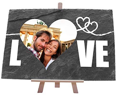wandmotiv24 Schieferplatte mit Staffelei personalisiert mit Foto, Name, 30x20cm (BxH), personalisierte Geschenke zum Jahrestag, Hochzeit, Valentinstag, Geschenkidee für Ihn und Sie, Spruch Love