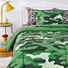 Amazon Basics Kids Easy-Wash Microfiber Bed-in-a-Bag Bedding Set - Twin, Camo Crew