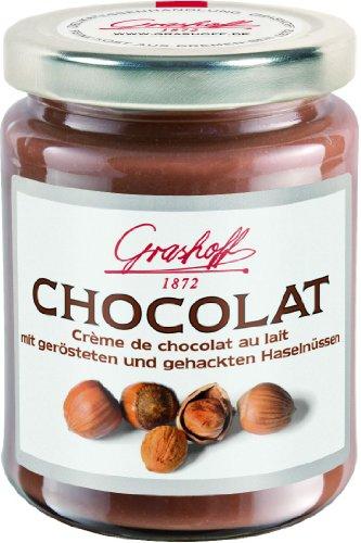Grashoff Chocolat Au Lait mit gerösteten und gehackten Haselnüssen