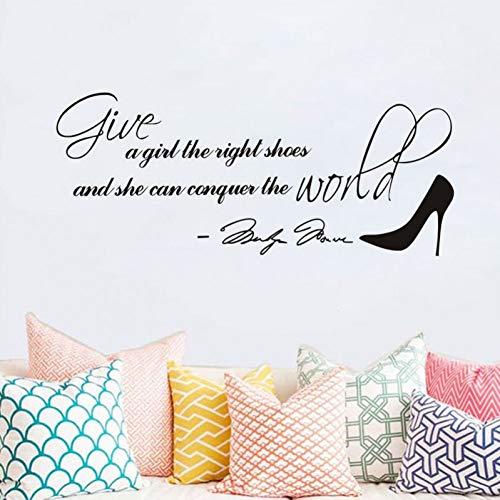 HUIZHANG Mode Black Monroe und Schuhe Wandaufkleber geben einem Mädchen die leichten Schuhe und sie kann die Welt erobern Zitate Lettle Wandbild