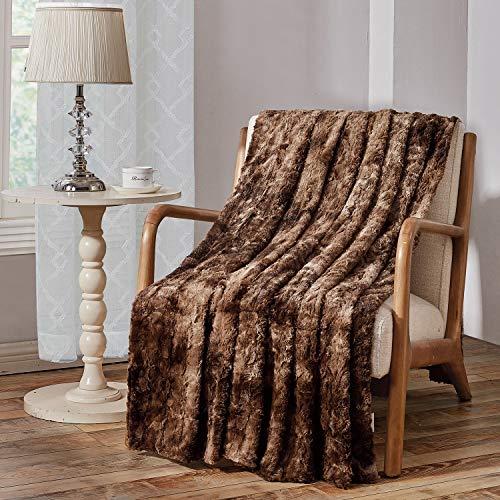 Viviland Manta de Tiro de Piel sintética, Manta de Lujo de Felpa Suave Shaggy Fleece, Lavable a máquina, marrón, 230cm×230cm