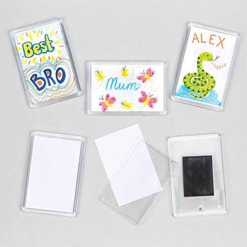 Baker Ross Blanko Magnete - Plastikform mit Einlegeblättchen für Kinder zum Bemalen und Gestalten -  6 Stück