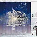 DYCBNESS Duschvorhang,Ozeanblauer bewölkter Himmel Fliegender Möwenvogel Sonnenuntergang Meerwasser Reflexion natürlich,Langhaltig Hochwertig Bad Vorhang Wasserdichtes Design,mit Haken 180x180cm