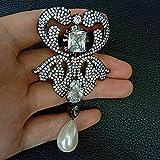 yuge Blanco concha de mar perla chapado en oro Cubic Zirconia micro pave flor broche Gunmetal
