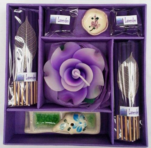 Räuchestäbchen- und Kerzen-Geschenkset - Duftlampe Elefant. Räucherstäbchen, Schälchen für Teelichter und eine Blumenkerze lavendel