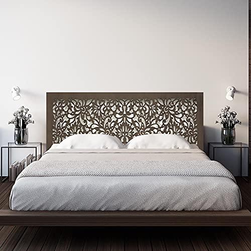 Cabecero de Cama en Madera Calada, para Cama de 135cm. Fabricado artesanalmente en España. Decorado con Mandala Flores Pintada a Mano- Modelo Mosaico 154 (Nogal, 190x80 cm)