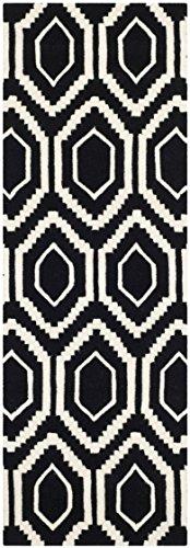Safavieh Geometrisch gemusterter Teppich, CHT731, Handgetufteter Wolle Läufer, Schwarz/Elfenbein, 62 x 240 cm